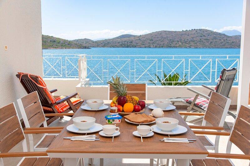 Tsifliki Beach House, holiday rental in Agia Paraskevi