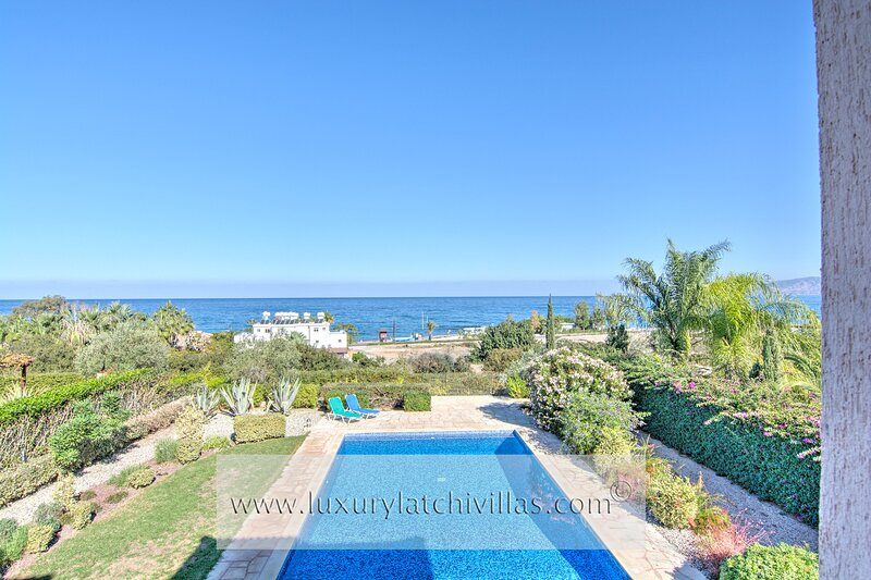 Latchi Beach View Villa, casa vacanza a Latchi