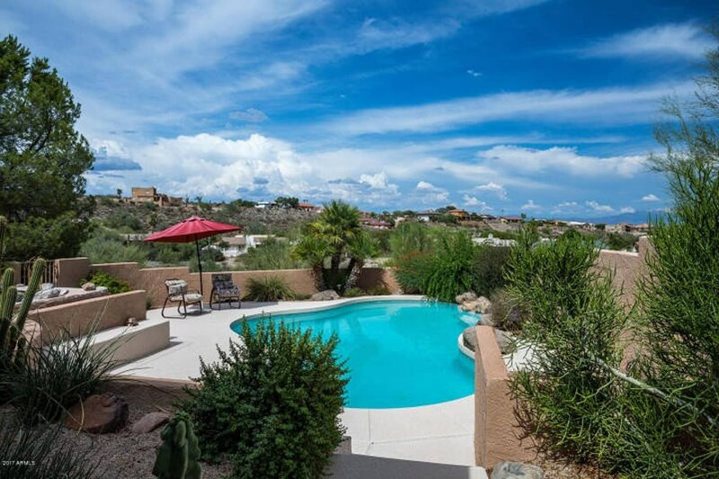 Fountain Hills with Heated Pool and Amazing Views!, casa vacanza a Fountain Hills
