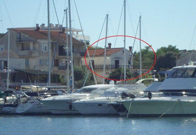 Matija - 30 m from sea: A1(4+2) - Jezera, alquiler de vacaciones en Jezera