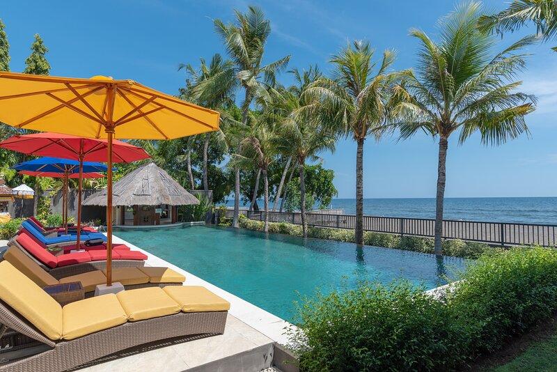 In Balance Resort - Garden View Villa 1, alquiler vacacional en Dencarik