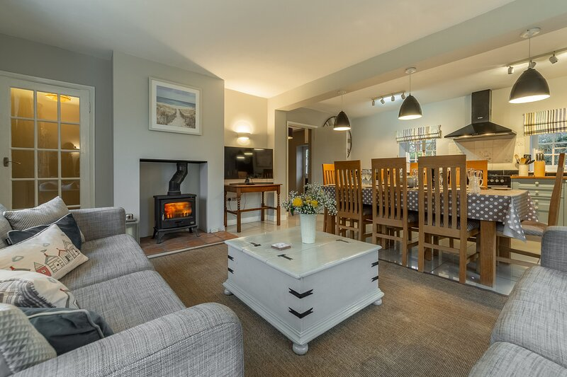 2 Dix Cottages, holiday rental in Thornham