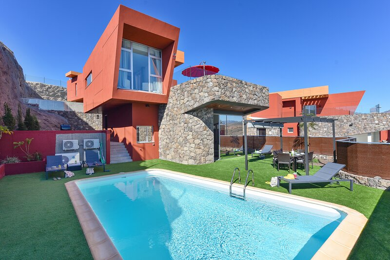 Villa with private pool Salobre Villas Green I, holiday rental in El Salobre
