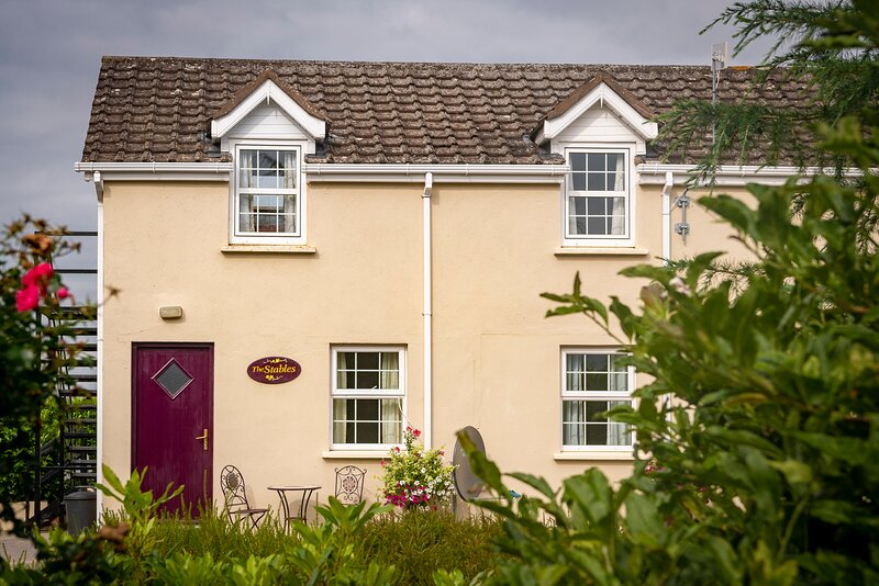 The Stable, vacation rental in Kells