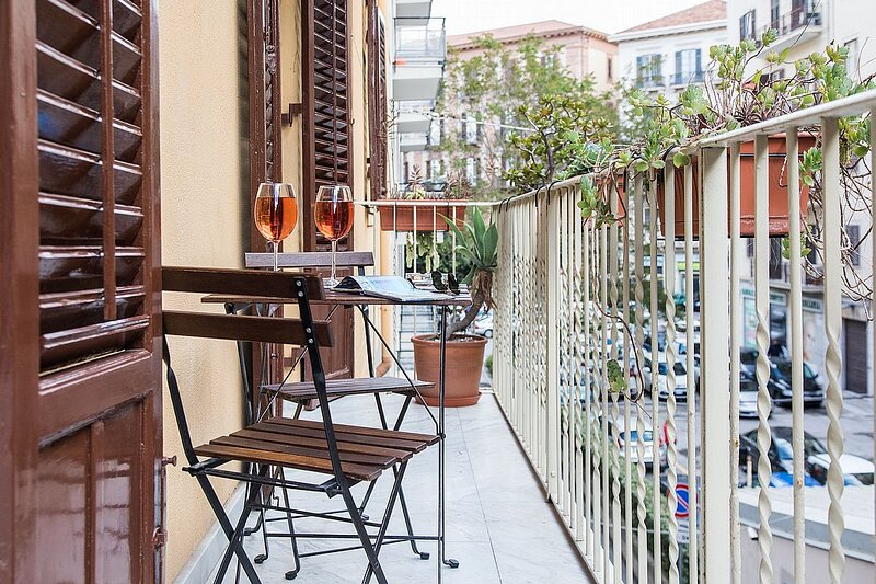 Politeama Apartment Sleeps 5 with Air Con and WiFi - 5881807, holiday rental in Villagrazia di Carini