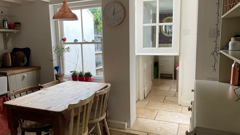 Cosy fisherman's Cottage, 5 mins walk to the beach, vacation rental in Great Mongeham