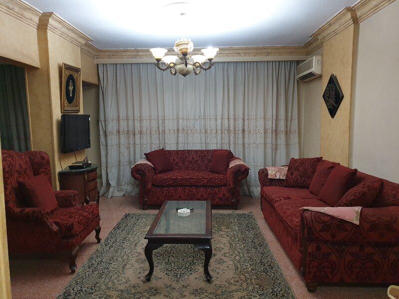 2 bed room apartment 98/4, location de vacances à Al Rehab