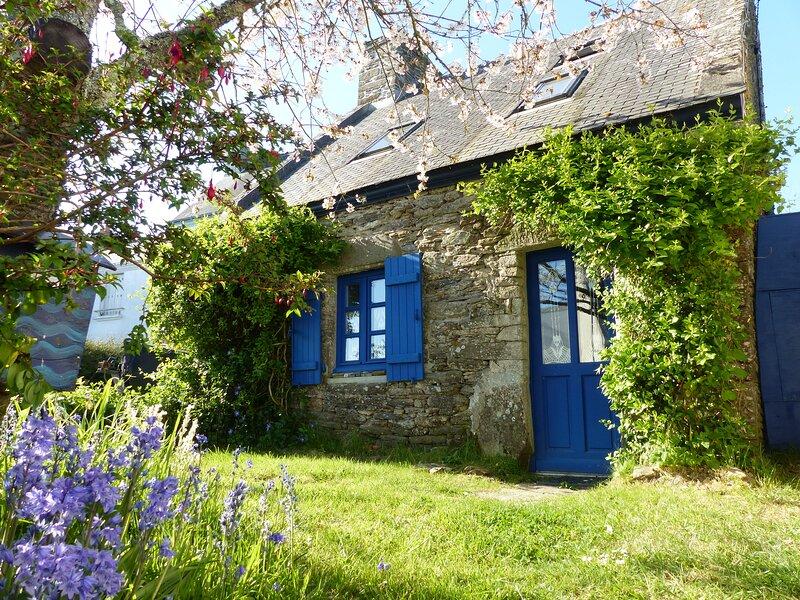 Charmante maison pour 4 pers. sur l'île de Groix dans le village de Kerportlay, location de vacances à Groix