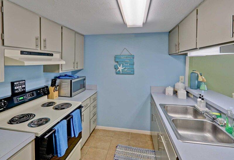 Room,Indoors,Sink,Kitchen,Oven