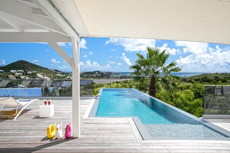 Villa Discovery | Ocean Front - Located in Fabulous Orient Bay with Private Poo, holiday rental in Cul de Sac