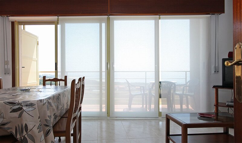 Apartment - 2 Bedrooms with Sea views - 102002, holiday rental in A Virxe Do Camino
