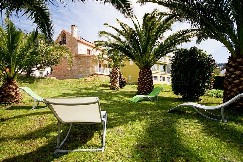 House - 4 Bedrooms with WiFi and Sea views - 102059, holiday rental in Dumbria