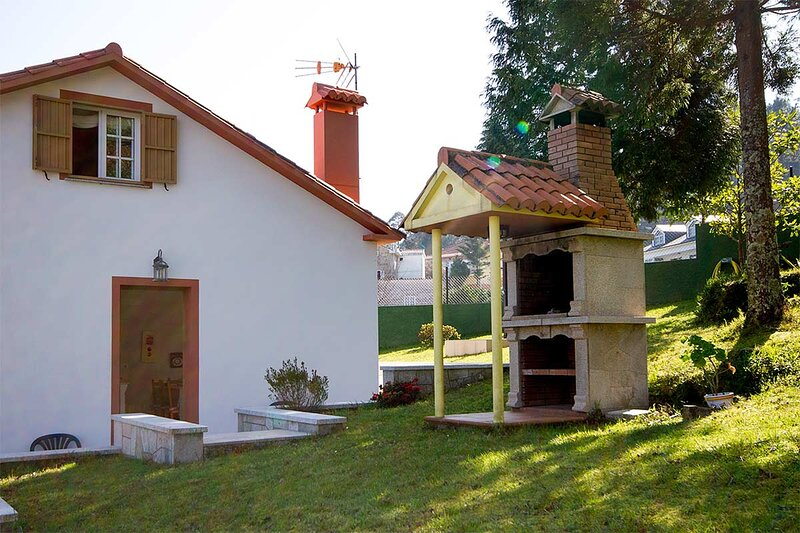 House - 4 Bedrooms - 102174, holiday rental in Uhia