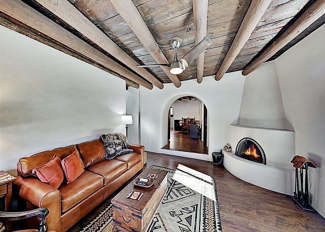 Pueblo Revival Home | Cozy Kiva Fireplaces | Near Taos Plaza, holiday rental in Penasco