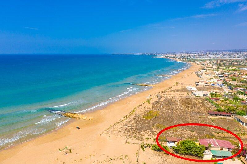 Villa Dune: Walk to Beach, Sea Views, WiFi, aluguéis de temporada em Cava d'Aliga