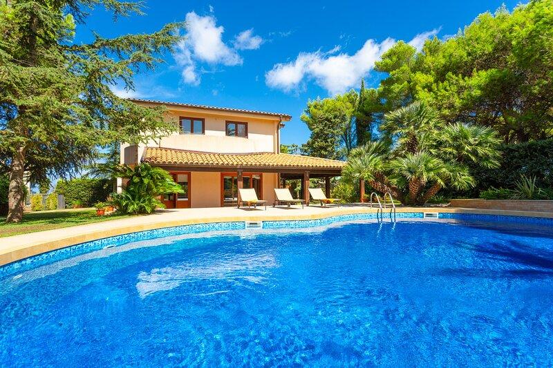 Villa Venere: Large Private Pool, A/C, WiFi, vacation rental in Tonnara di Bonagia
