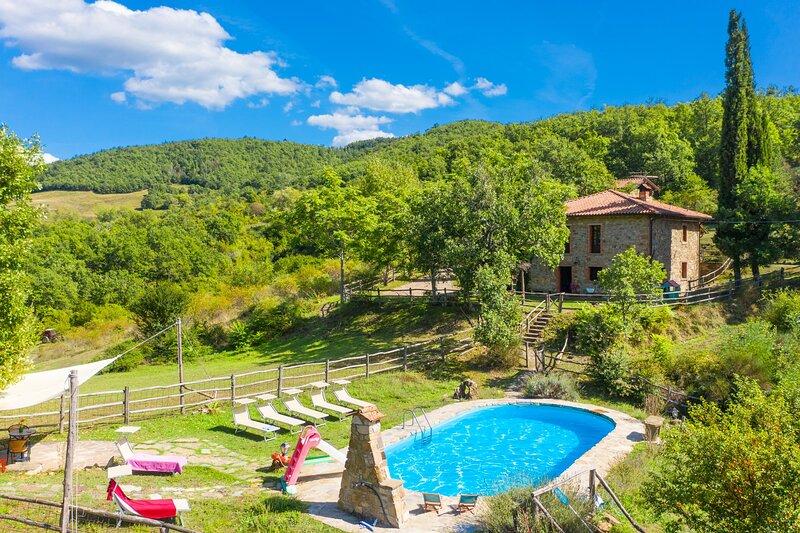 Villa Bellavista: Large Private Pool, WiFi, casa vacanza a Ortignano Raggiolo