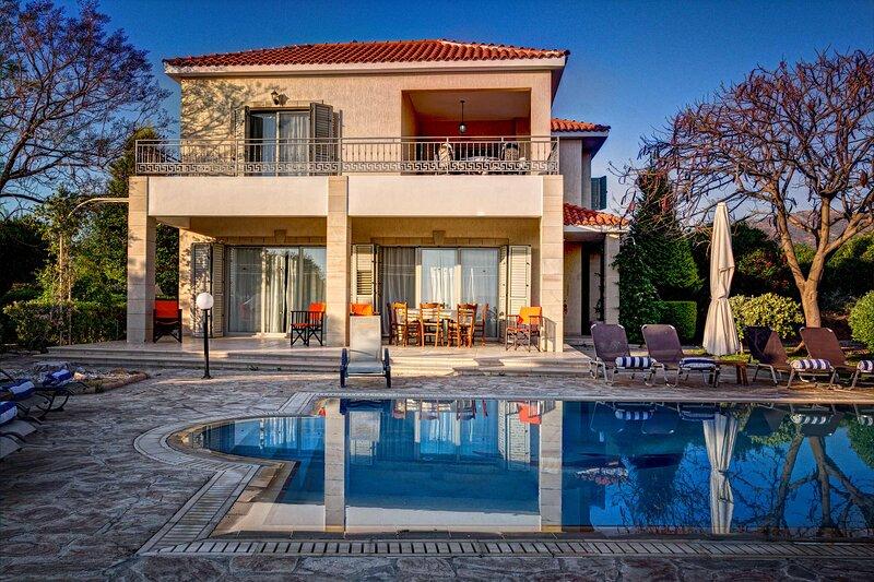 Villa Niki: Large Private Pool, Sea Views, A/C, WiFi, vacation rental in Limni