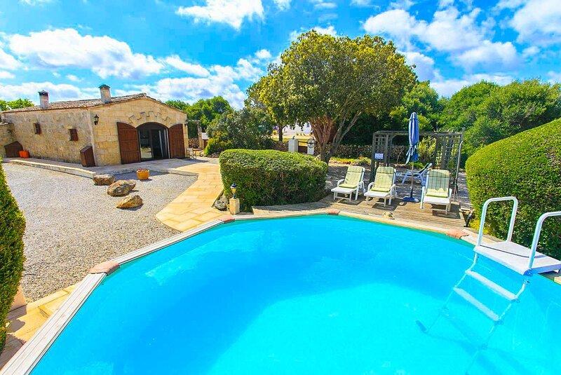 Villa Tres Pinos: Private Pool, A/C, WiFi, aluguéis de temporada em Es Castell