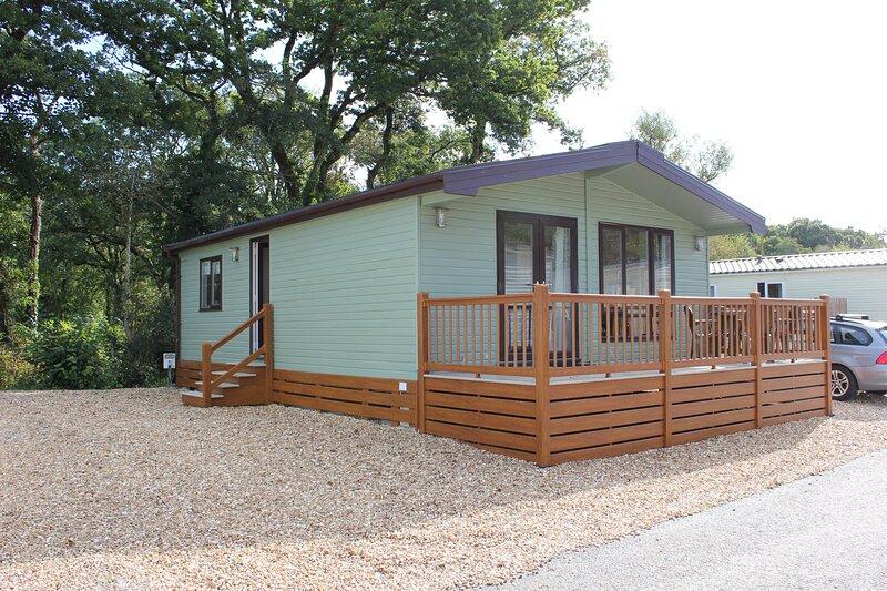 Bluebell Lodge, Saltash, vacation rental in Landrake