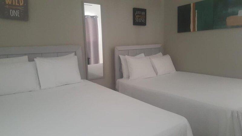 Hotel Casa Docia - Comfort Triple Room - 1, alquiler de vacaciones en Santa Bárbara de Samaná