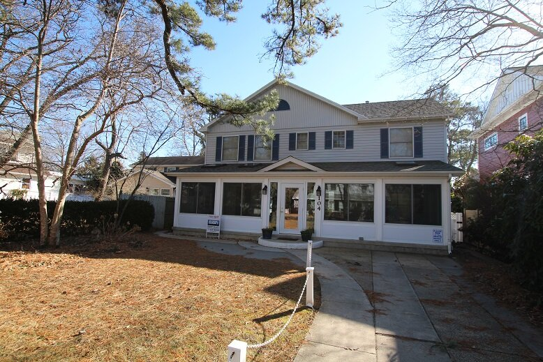 Over-sized South Rehoboth Home.  Seven Bedrooms is a rarity in second block!, vacation rental in Rehoboth Beach