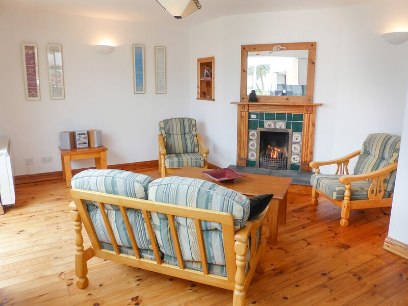 12 Sandeel Bay Cottages, Fethard-On-Sea, County Wexford, holiday rental in Hook Head