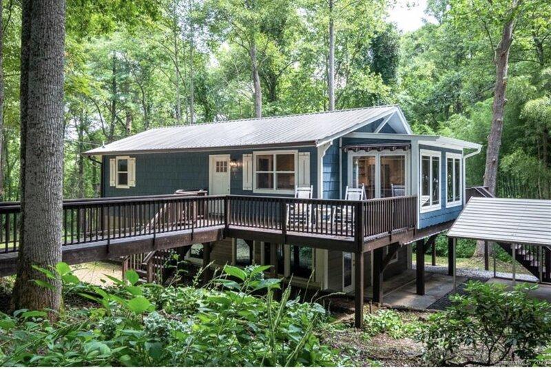 Hoopers Creek Cottage, location de vacances à Fletcher
