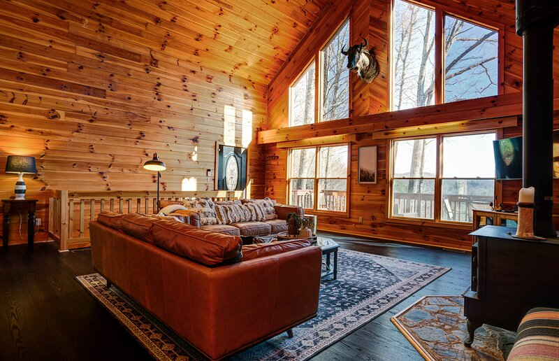 West Mountain Lodge, Ferienwohnung in Lake Toxaway