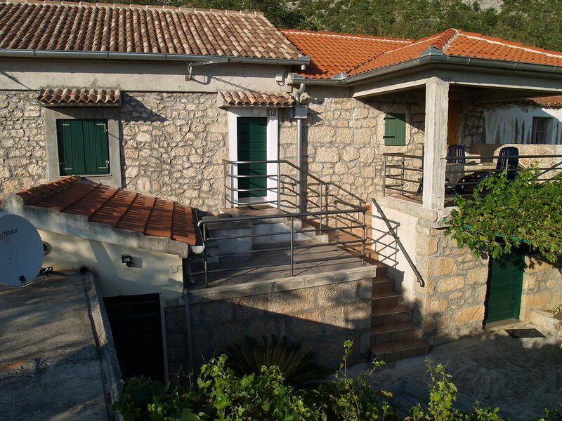 Two bedroom house Milovac, Paklenica (K-15168), holiday rental in Kukljic