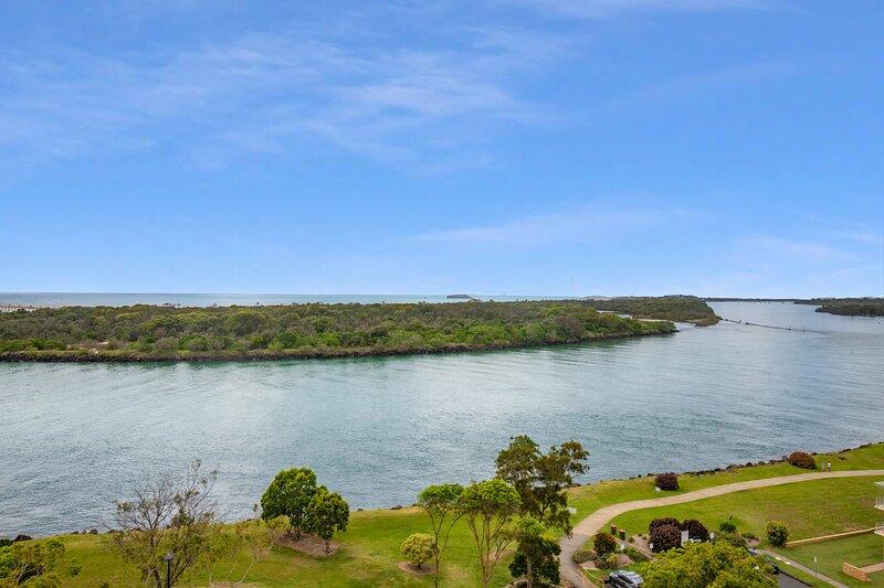 Seascape 1104 - Stunning Views, aluguéis de temporada em Tweed Heads