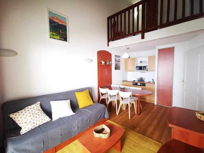 DUPLEX 7 COUCHAGES PARKING COUVERT, vacation rental in La Mongie