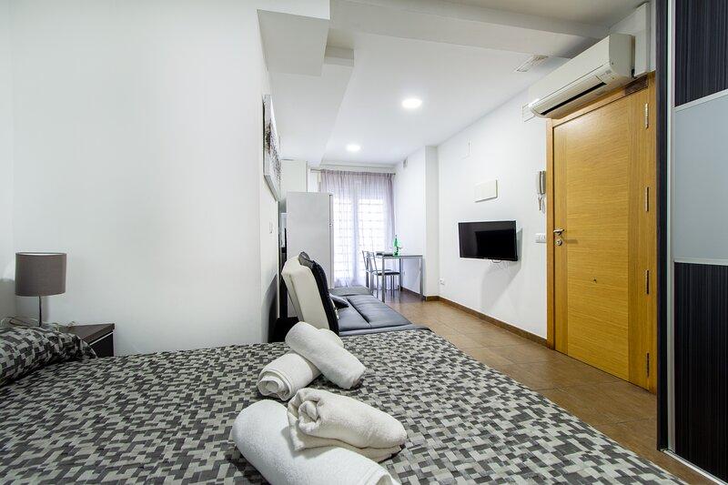 Coqueto estudio en la playa + WIFI, holiday rental in Montroy