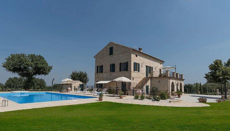 Villa Anita, vacation rental in Morrovalle