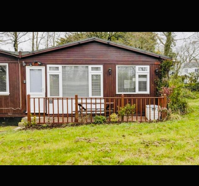 Holiday Chalet - sleeps 5, vacation rental in Morwenstow