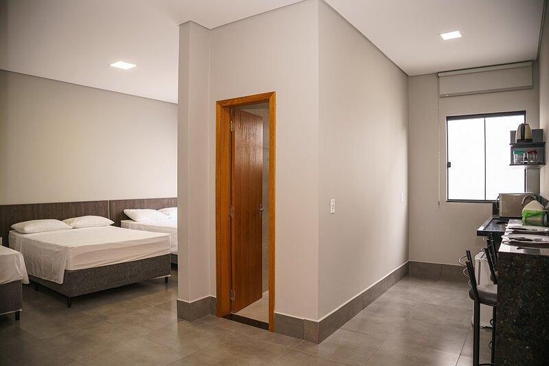 Apartamento a 500 M do Shopping, vacation rental in Foz do Iguacu