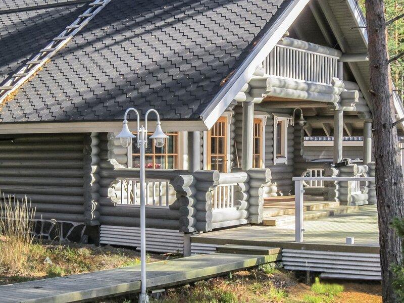 Villa helge, holiday rental in Lemi