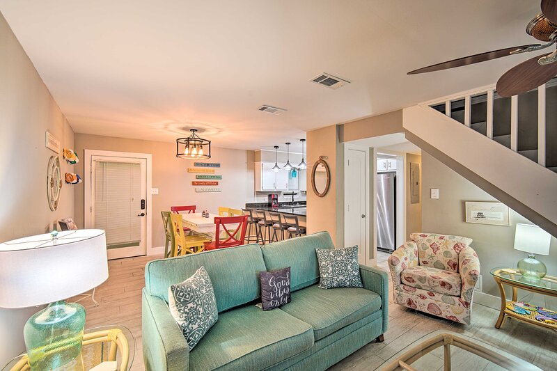 Family-Friendly Beachside Condo, 3 Mi to the Pier, holiday rental in Gulf Shores