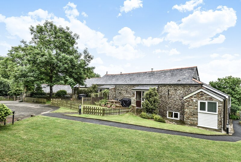 Fowey Cottage Lower Trengale Farm, vacation rental in Bodmin