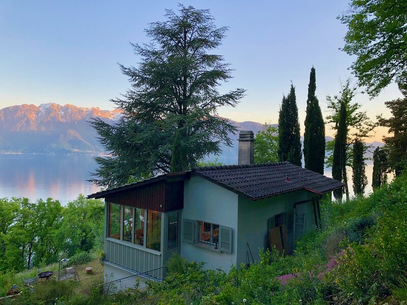 Lavaux Lodge, holiday rental in Caux
