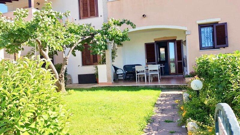 Solaria - Budoni Centro, casa vacanza a Malamurì