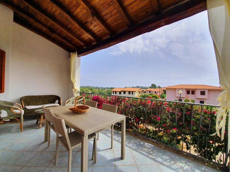 Solaria Bouganville First Floor, casa vacanza a Malamurì