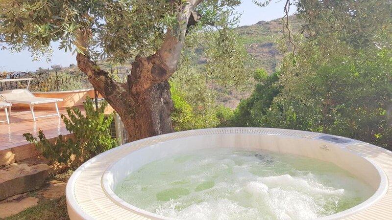 Solaria Villa Luddui L, casa vacanza a Malamurì