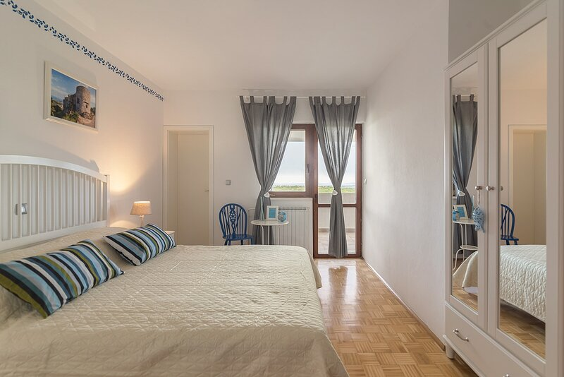 Private room Blue, holiday rental in Crni Kal