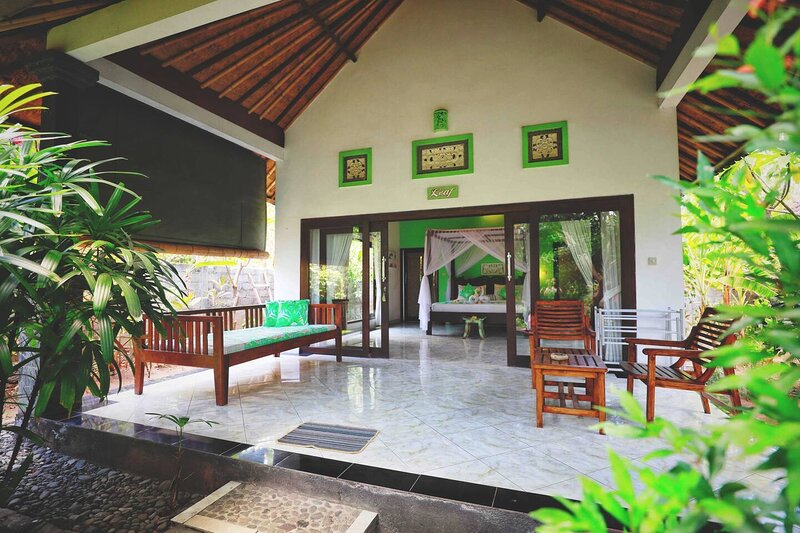 Kirana Homestay - Leaf Bungalow, vacation rental in Tulamben
