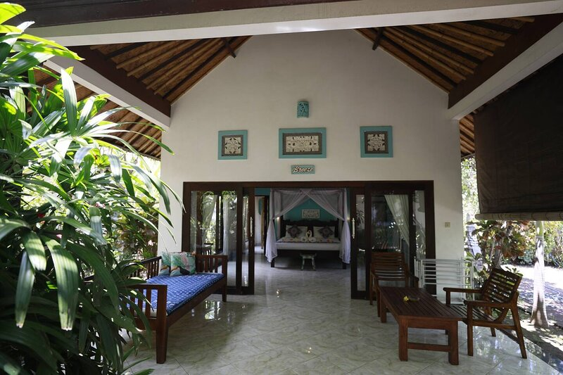Kirana Homestay - Breeze Bungalow, vacation rental in Tulamben
