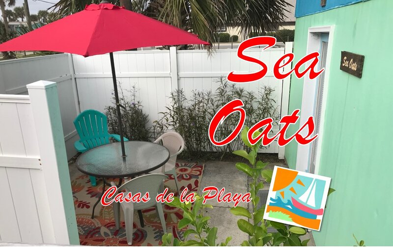 Sea Oats at Casas de la Playa Central - Downtown!, alquiler de vacaciones en Flagler Beach