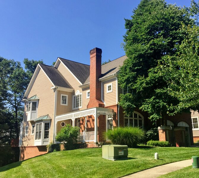 Luxury Living Locale Near Rock Creek Park, holiday rental in Cloverly