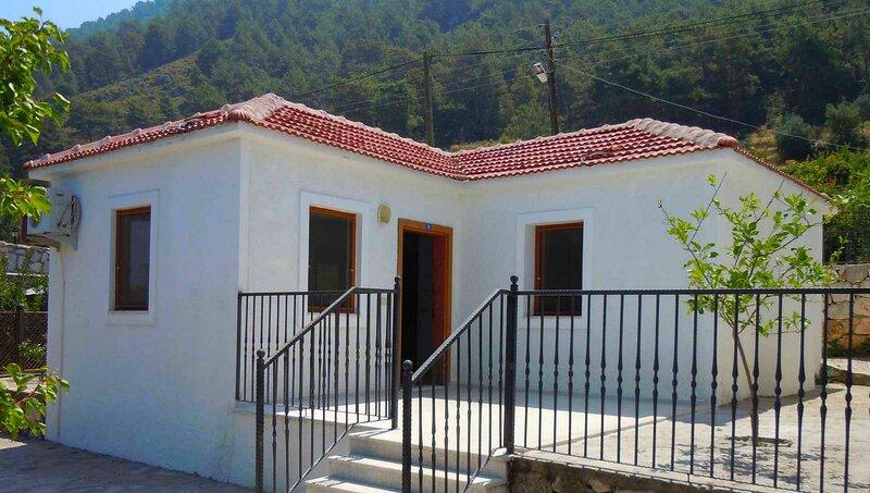 Limon Tatil Evi Faralya, holiday rental in Uzunyurt