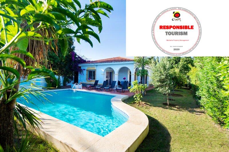 Luxury San Pedro Villa, alquiler vacacional en San Pedro de Alcántara